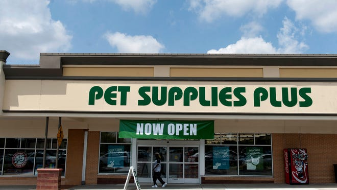 Pet Supplies Plus, located in the Ellisburg Shooping Center in Cherry Hill, will be celebrating their grand opening this weekend with give aways, sweepstakes drawings and free nail trims for pets.