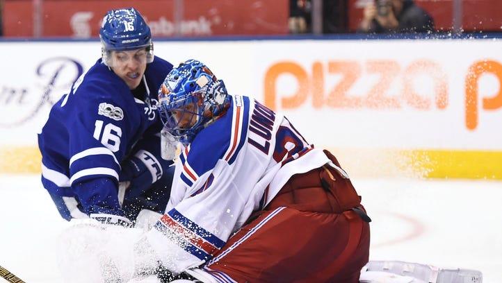 Grabner scores twice as Rangers down Maple Leafs