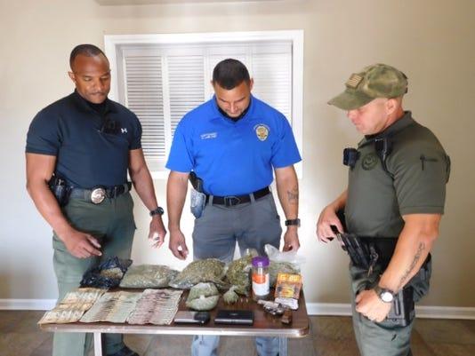 636391736272151898-narcotics.jpg