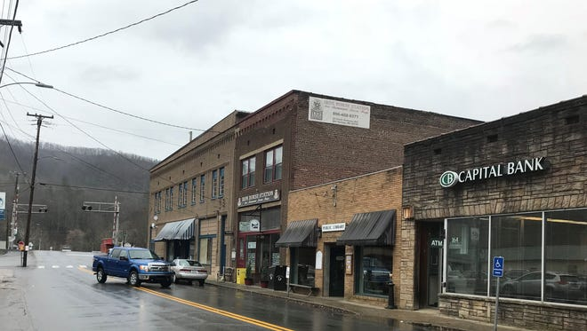Capital Bank in downtown Hot Springs will close May 25, according to a letter shared with depositors. The move will leave the town without any brick and mortar banking options.