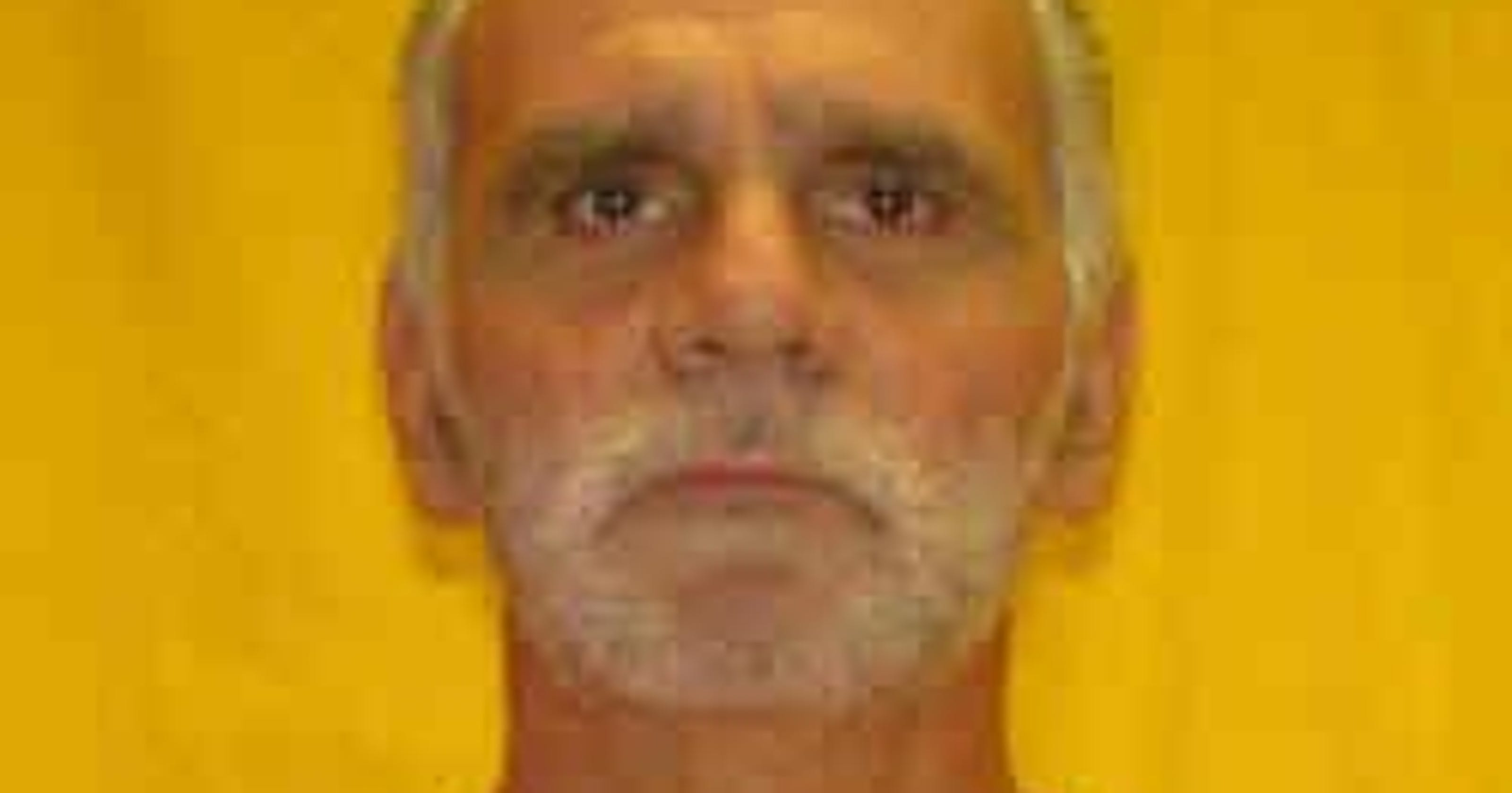 Convicted murderer acquitted of escape charge