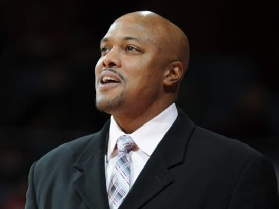 Cornell Mann was an assistant coach at Oakland for