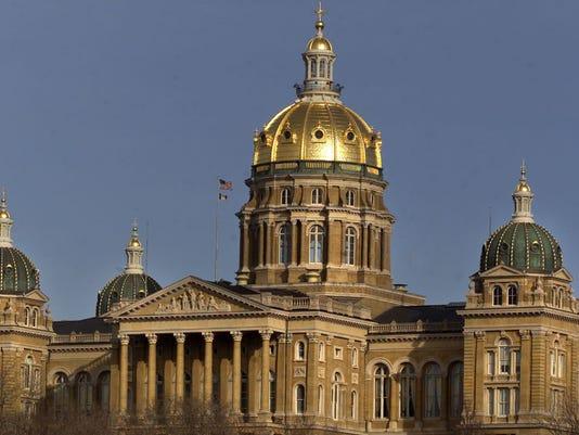 636261420502002656-Iowa-State-Capitol.jpg