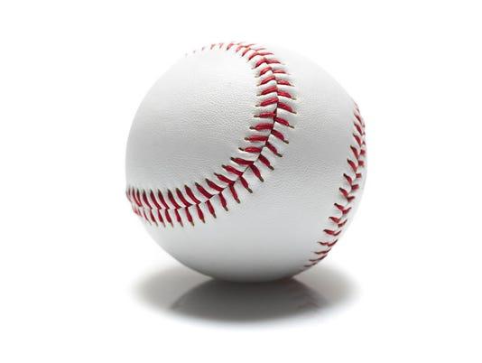 636662060897540032-Softball.jpg