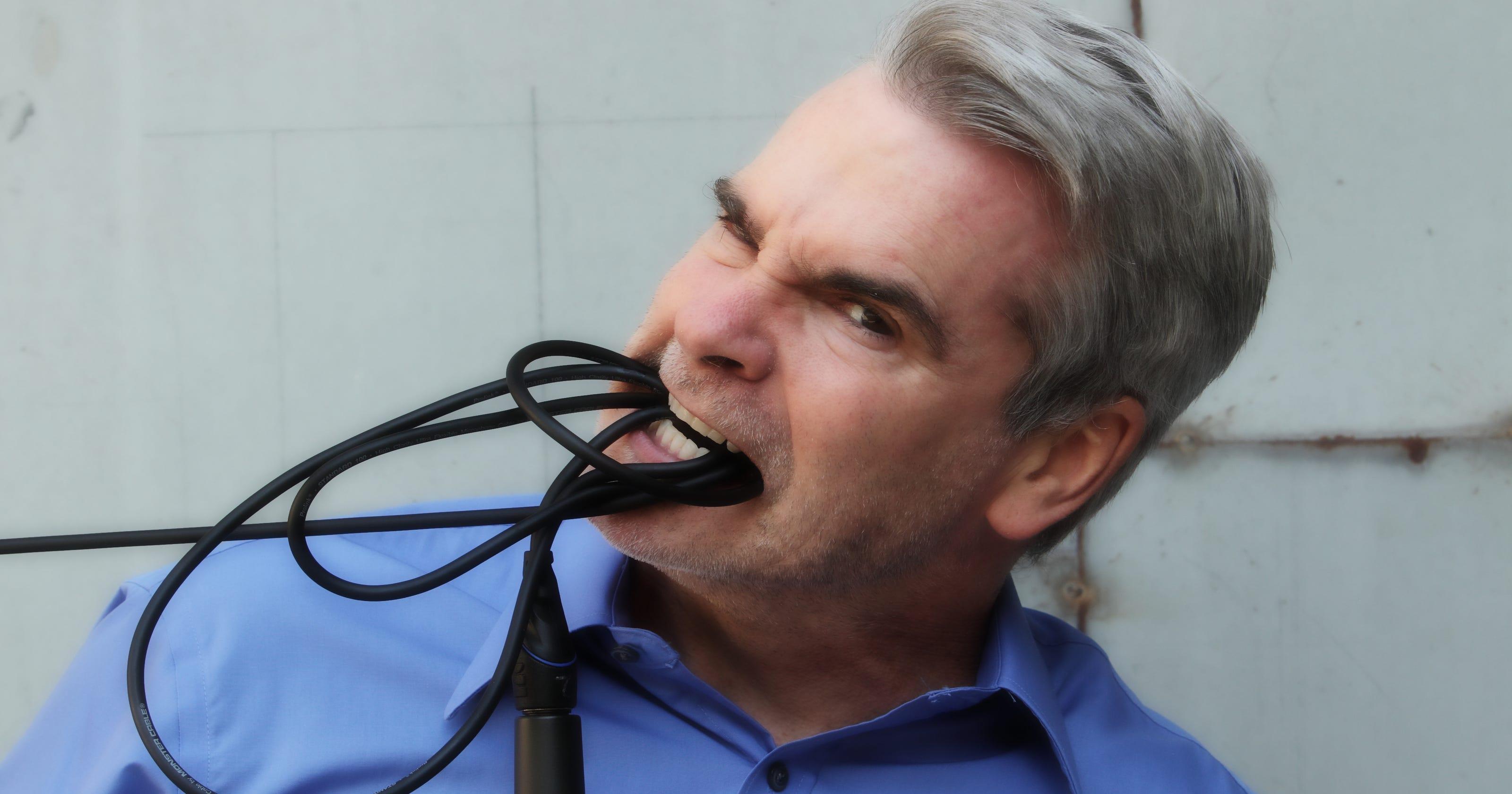 Henry Rollins full-on