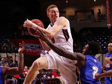 Belmont basketball coach Rick Byrd went out of way to make sure Windler reached milestone