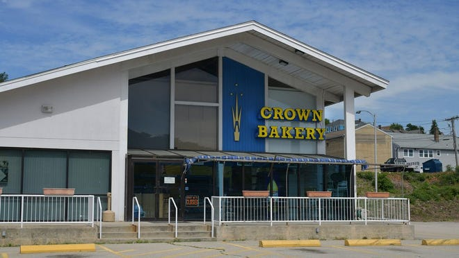 Crown Bakery on Gold Star Boulevard
