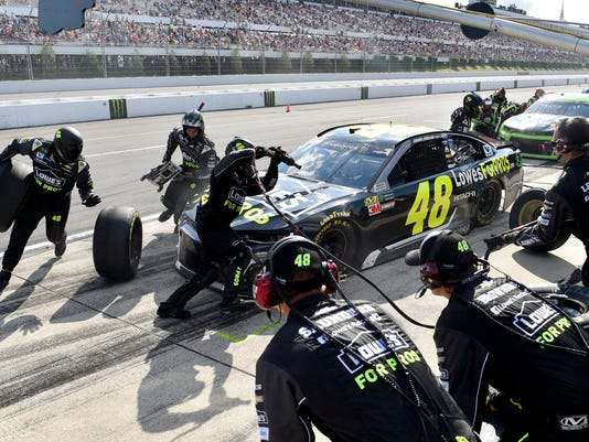 NASCAR_Pocono_Auto_Racing_30546.jpg