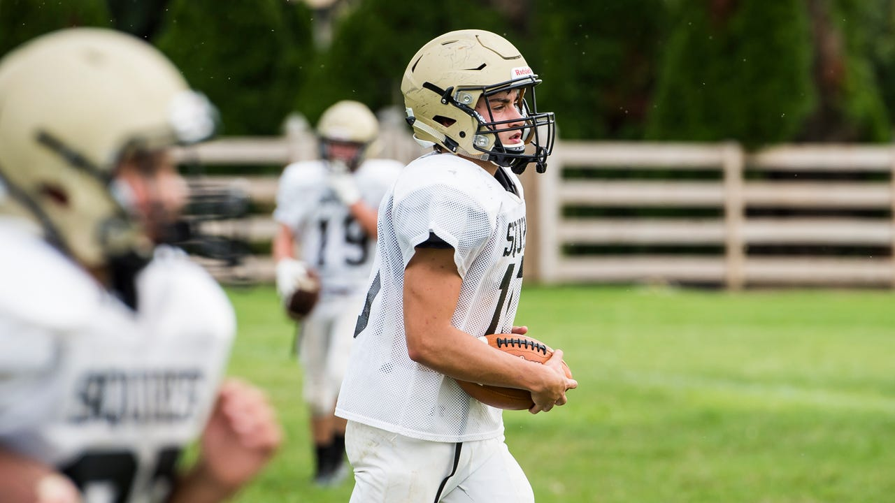 Delone Catholic quarterback Evan Brady discusses his prior aspirations to play running back, as well as his all-time favorite Squires player.