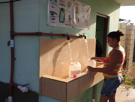 636592260774959060-Cuba-water.jpg