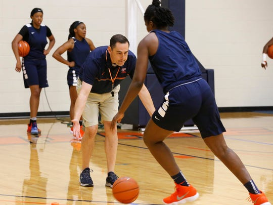UTEP women's basketball coach Kevin Baker on Oct. 2 puts his team through the first day of practice for the 2017-18 season.