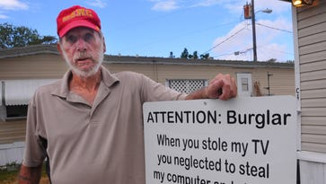 Melbourne veteran posts sign inviting thief who burglarized his home back