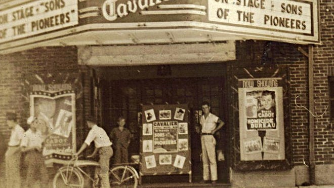 Sons of the Pioneers live at the Cavalier, 1938.