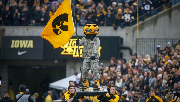 Yes, Iowa can still win the Big Ten West. Yes, it's a stretch.