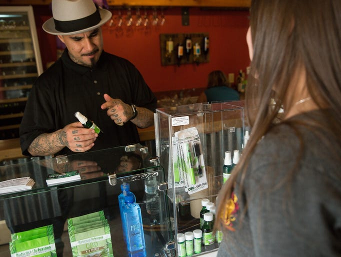 Marlo Flores, from South West Vape, talks with Sam