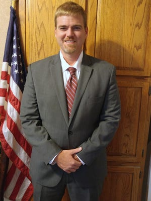 Alamogordo attorney Albert Richard Greene III has filed as a write-in candidate in the race for 12th Judicial District Attorney.