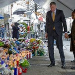 NY Mayor De Blasio: Put Protests on Hold