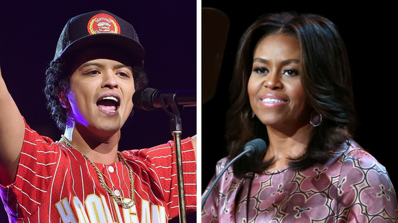 Bruno Mars gifted Michelle Obama a one-of-a-kind jersey at his D.C. concert 091400b08b