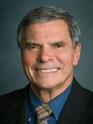 Arthur Daniel O'Neal, 81