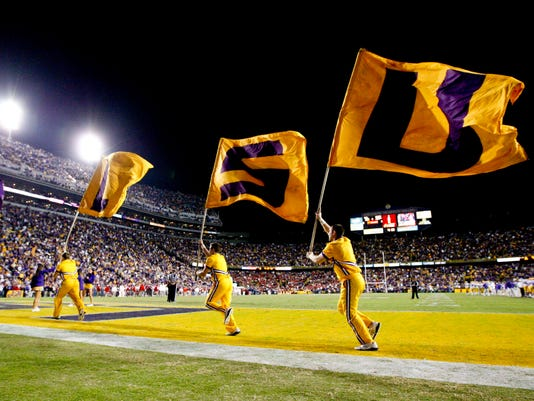 TigerStadium-flags