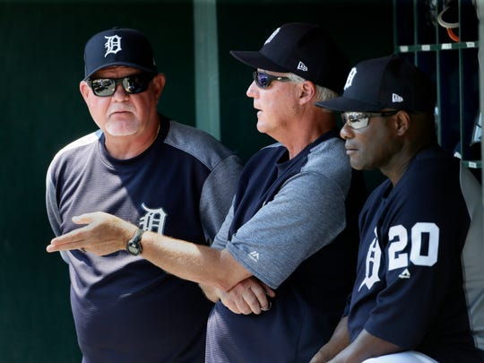 Pitching coach Rick Anderson #4 of the Detroit Tigers,