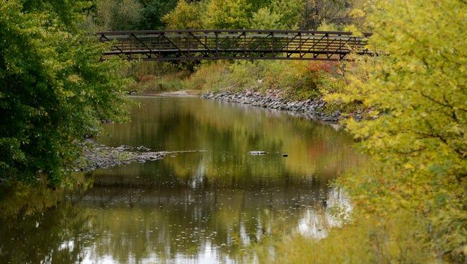 Bridge over Skunk Creek in Dunham Park.