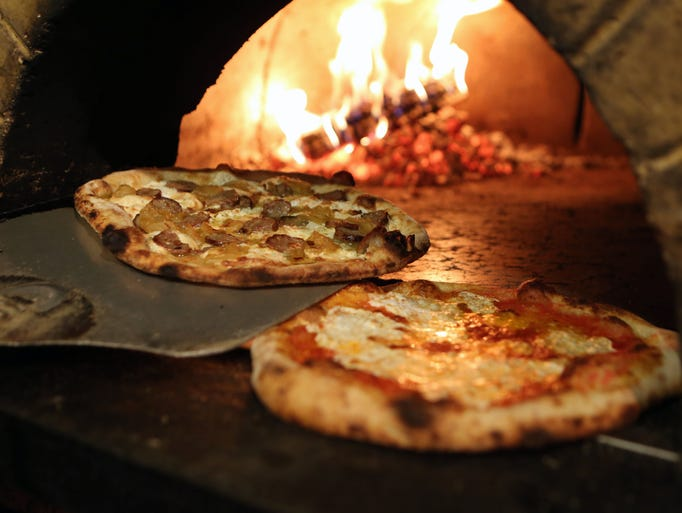 The Mama.Mia, smoked mozzarella, wood-roasted onions,