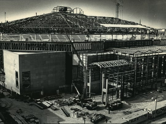 The Bradley Center reaches its full 149-foot height in this photo from January 1988. The $53 million arena at N. 4th and W. State streets was donated to the community by Jane and Lloyd Pettit.