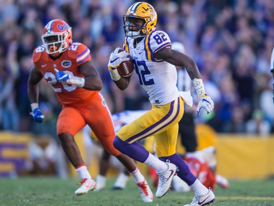 LSU Tigers wide receiver D.J. Chark with the catch