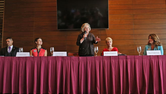 La Quinta City Councilwoman Kristy Franklin, center, speaks during a Chamber of Commerce candidates forum at PGA West, September 21, 2016. Challenging Franklin are, from left, Steve Sanchez, Victoria Llort and Kathleen Fitzpatrick. Mayor Linda Evans, right, is also running for re-election.