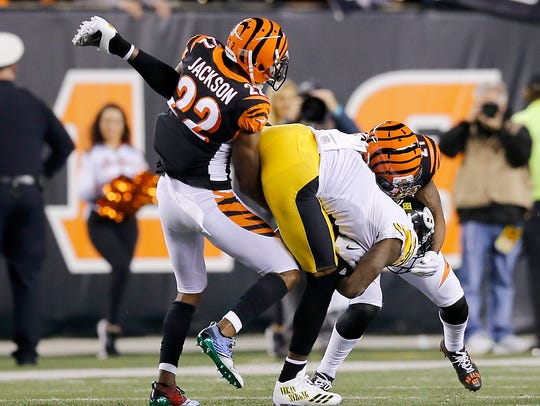 Cincinnati Bengals cornerback William Jackson (22)