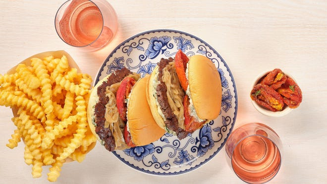 Shake Shack, the national burger chain known for its thin, premium-beef patties, will open a location inside The Gardens Mall in July.