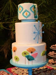 Retro Palm Springs-themed wedding cake, created by