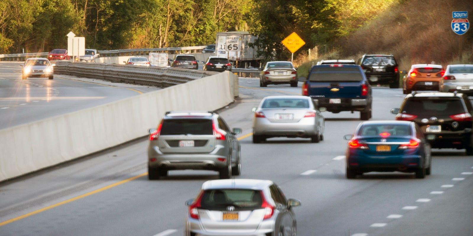 17e0d2d9d2f  Dangerous corridor  on 83  Why so many crashes