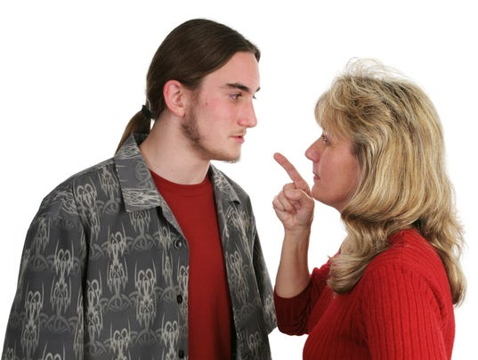 Beligerant Teen Faces Mom