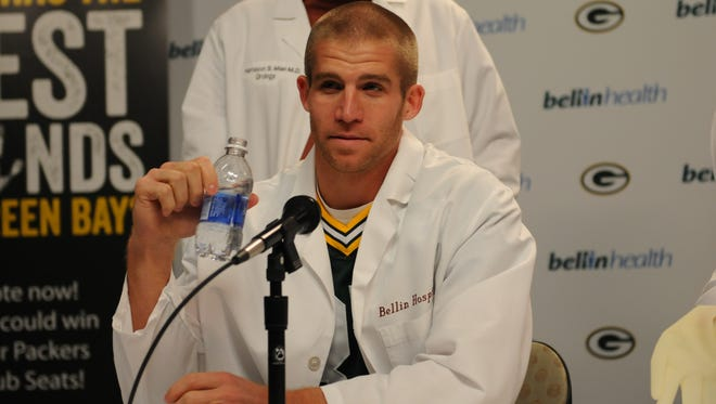 "Green Bay Packers players Randall Cobb, James Jones and Jordy Nelson joined a team of Bellin Health surgeons in October 2013  to announce ""The Best Hands in Green Bay"" competition, an event to benefit local charities."