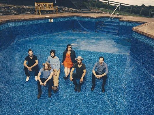 1 Black Lillies Pool