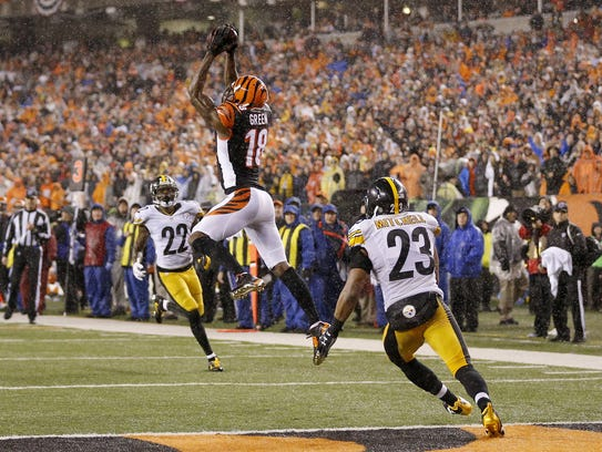 A.J. Green makes a leaping catch for a go-ahead touchdown