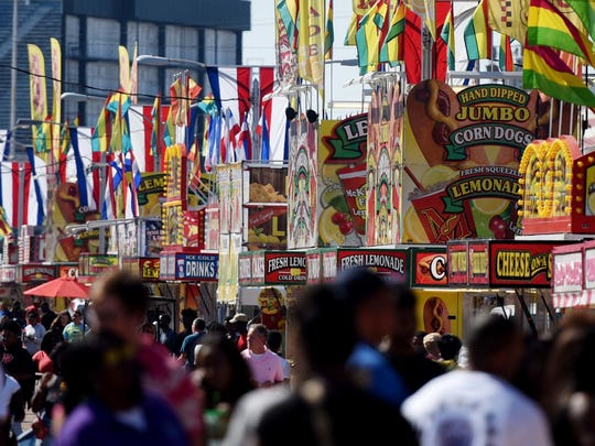 The State Fair of Louisiana attracts more than 400,000 people each year, and hosts the largest carnival and livestock show in the state. A big attraction is the food.