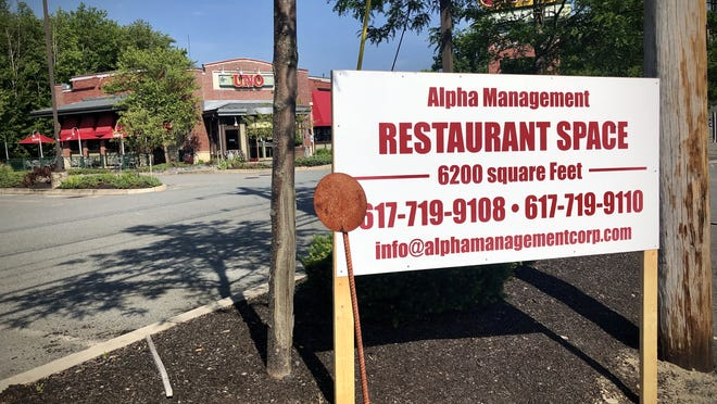 The Boston management company that owns the site of Taunton's Uno Pizzeria and Grill is looking for a new tenant.  Taunton Gazette photo by Charles Winokoor