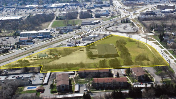 Aerial view shows 10.49-acre site in Farmington Hills set to be auctioned on June 7, 2016.
