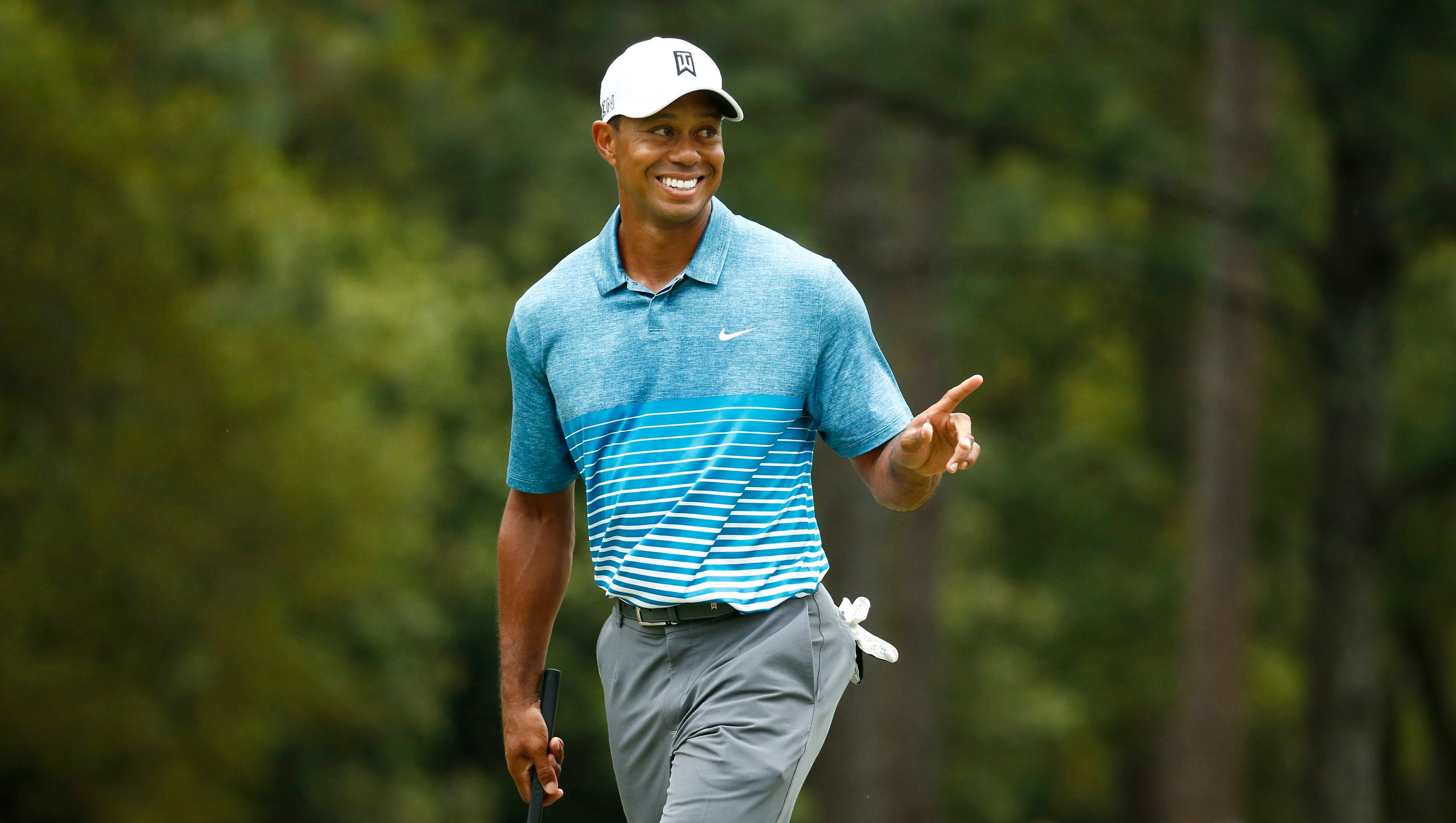 tiger woods grouped with walker  donaldson at masters