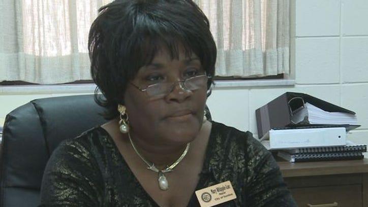 Gordon Mayor Mary Ann Whipple Lue