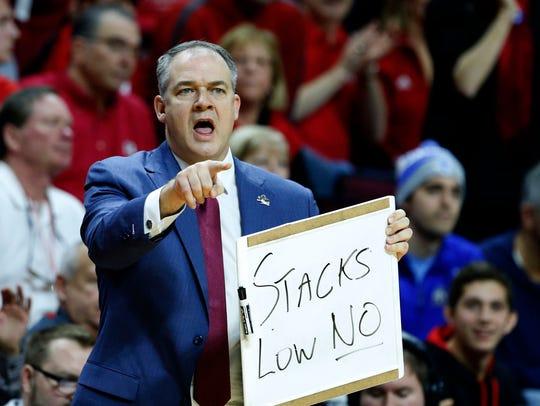 Rutgers Scarlet Knights head coach Steve Pikiell calls