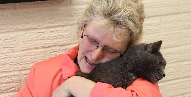 Virginia Fryback of Fort Wayne and her cat Charlie