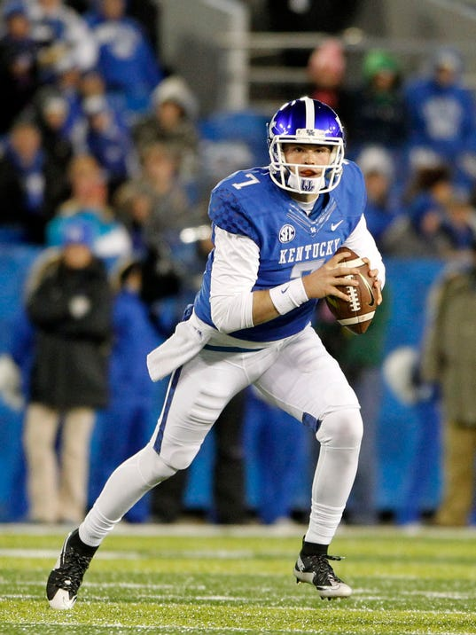 Tim Sullivan | Kentucky football's Drew Barker debuts with ...