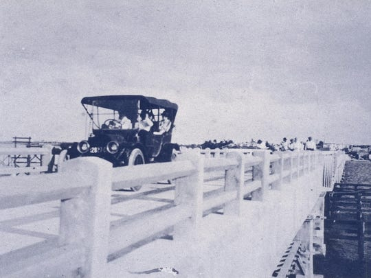 The Stuart Auto Bridge in 1918 across the St. Lucie River before the light poles were added in 1924.
