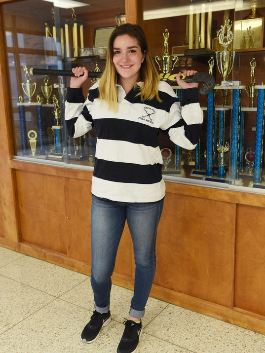 Pine Plains field hockey player with lupus