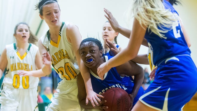 Stephen Decatur guard Dayona Godwin (32) drives to the basket against Mardela on Tuesday, January 12th at Mardela.