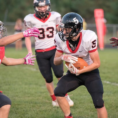 Bucyrus' Keaton Naufzinger takes a kickoff return in